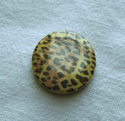 Button – Leopard